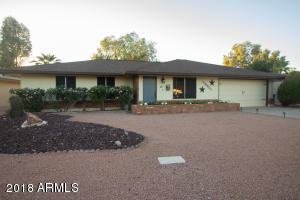 620 S ESSEX Lane, Mesa, AZ 85208