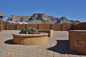 5339 E FOREST Street, Apache Junction, AZ 85119