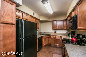 8787 E MOUNTAIN VIEW Road, 2068