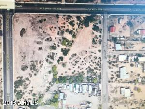 1527 W SUPERSTITION Boulevard, -