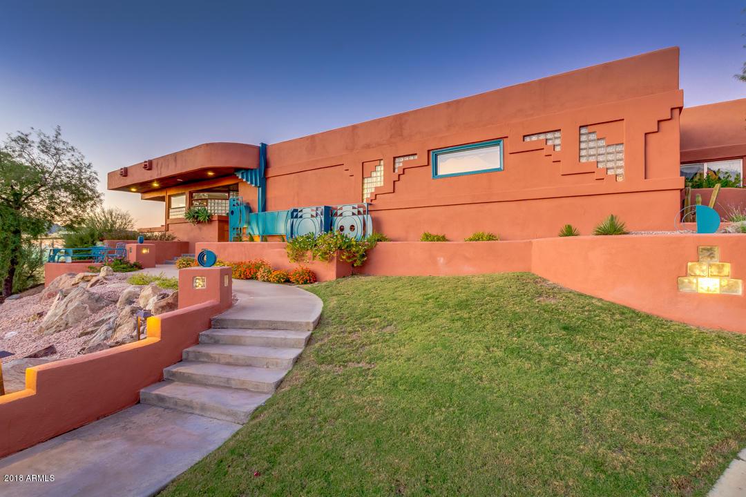 Photo of 1752 E VOGEL Avenue, Phoenix, AZ 85020