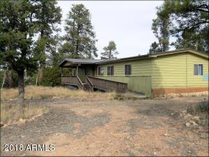 2056 CHEROKEE STRIP, Overgaard, AZ 85933