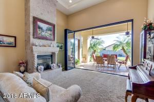 7113 E INGRAM Street, Mesa, AZ 85207