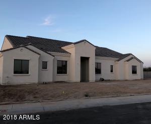 2800 E GRAND CANYON Court, Chandler, AZ 85249