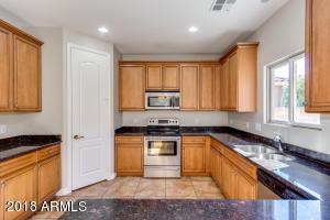803 W MESQUITE TREE Lane, San Tan Valley, AZ 85143