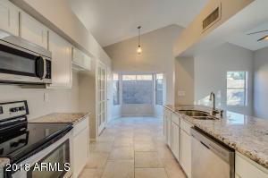 20601 N 4TH Avenue, Phoenix, AZ 85027
