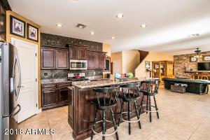 10627 W LONE CACTUS Drive, Peoria, AZ 85382