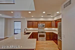 1300 W 5TH Street, 1008, Tempe, AZ 85281