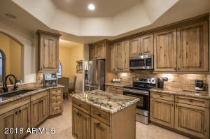 8733 E SANDTRAP Court, Gold Canyon, AZ 85118