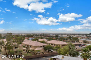 1601 W SUNNYSIDE Drive, 106, Phoenix, AZ 85029