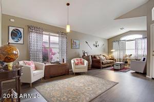 4422 E LONE CACTUS Drive, Phoenix, AZ 85050
