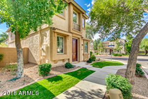 Lovely low maintenance home in a great community!