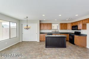 1673 E ANGELINE Avenue, San Tan Valley, AZ 85140