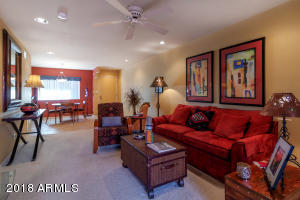 12222 N PARADISE VILLAGE Parkway, 332, Phoenix, AZ 85032