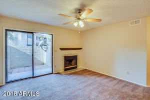 533 W GUADALUPE Road, 1116