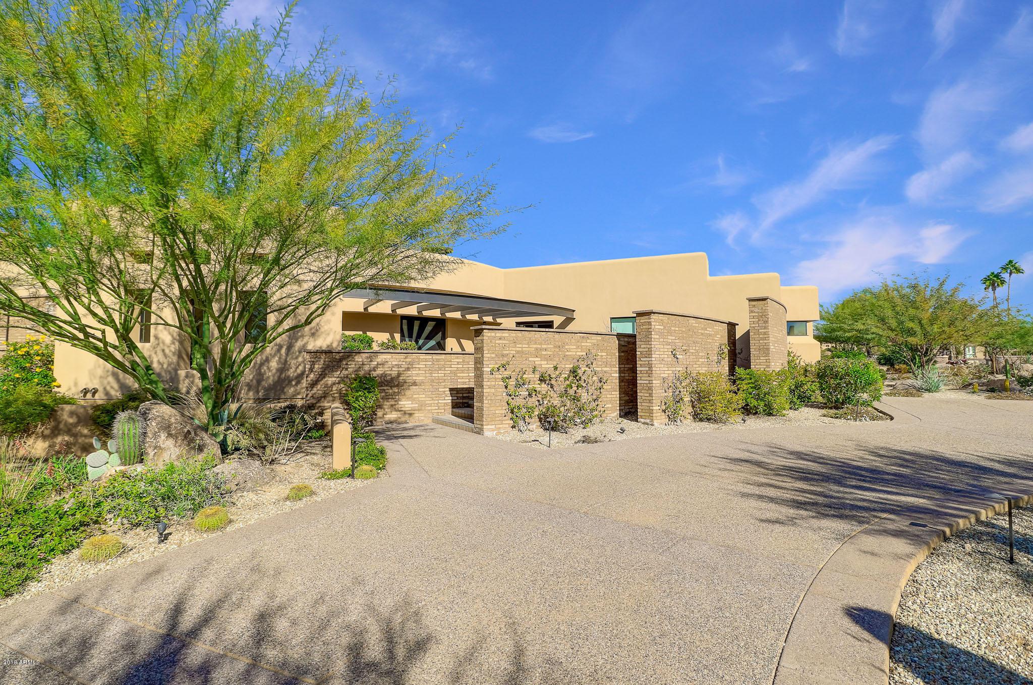 Photo of 8116 E VISTA BONITA Drive, Scottsdale, AZ 85255