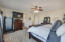 Master bedroom pic 4