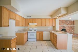 2027 W ASTER Drive, Phoenix, AZ 85029