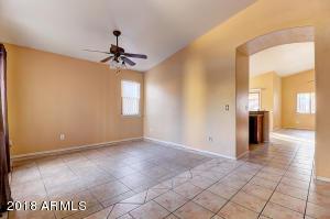 7827 W SOLANO Drive N, Glendale, AZ 85303