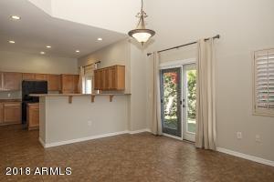 1102 W Glendale Avenue, 121, Phoenix, AZ 85021