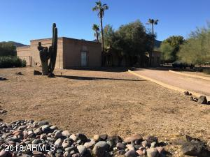 Property for sale at 8047 N Ironwood Drive, Paradise Valley,  Arizona 85253