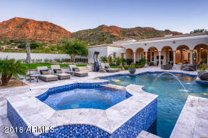 5296 E ROAD RUNNER Road, Paradise Valley, AZ 85253