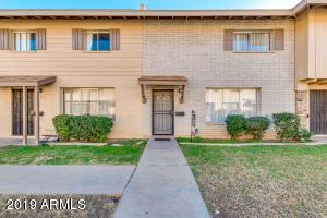 6743 N 44TH Avenue, Glendale, AZ 85301