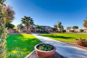 2023 E QUINCE Street, Mesa, AZ 85213