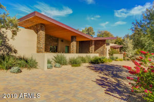 6450 E Fanfol Drive, Paradise Valley, AZ 85253