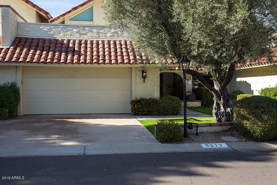 Photo of 5512 N 71st Place, Paradise Valley, AZ 85253