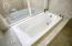 Master 1 Bath tub