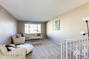 2902 W FLYNN Lane, Phoenix, AZ 85017