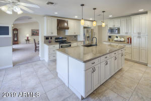 20803 N DESERT SANDS Drive, Sun City West, AZ 85375