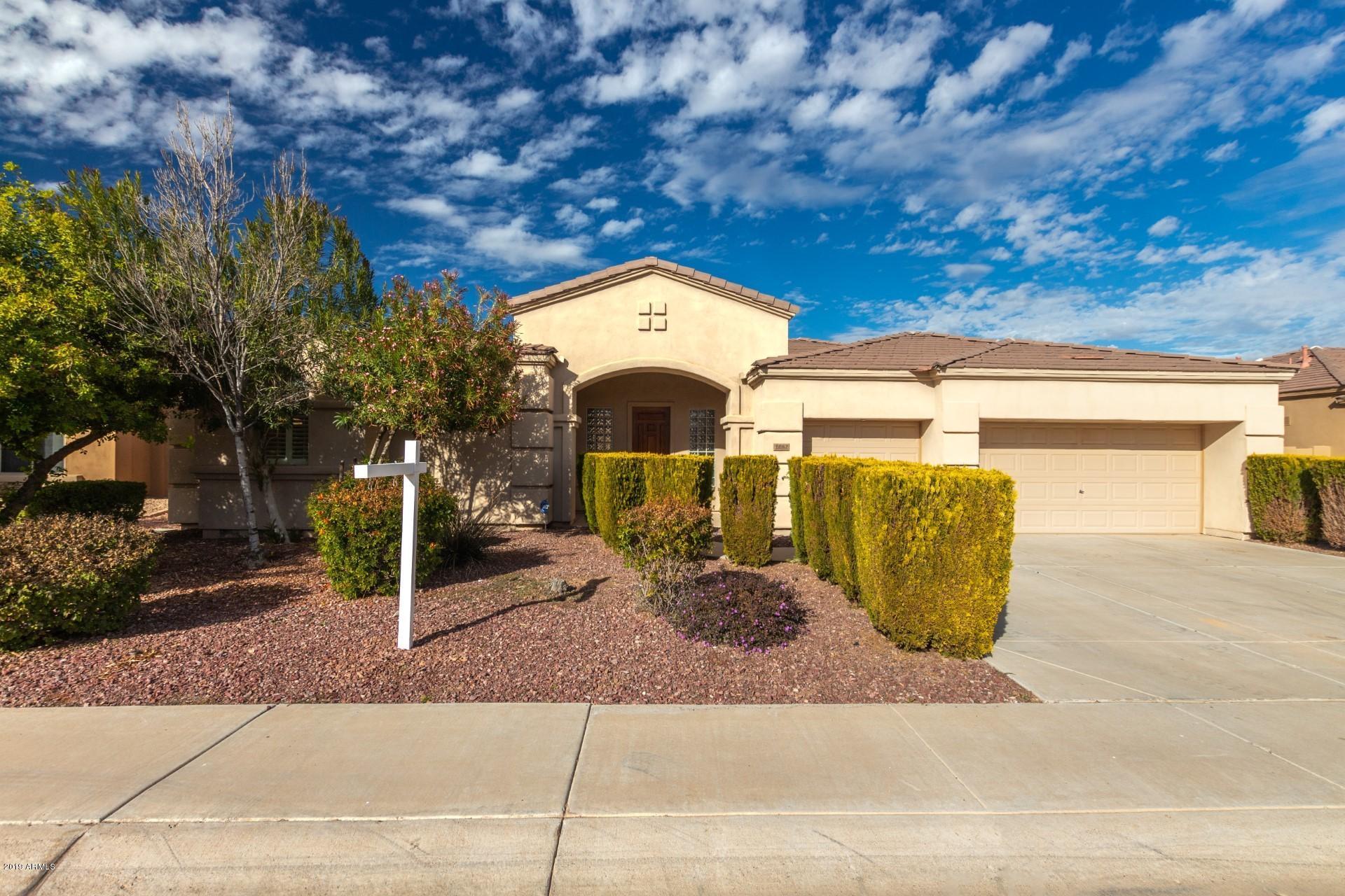 Photo of 2082 E WESTCHESTER Drive, Chandler, AZ 85249