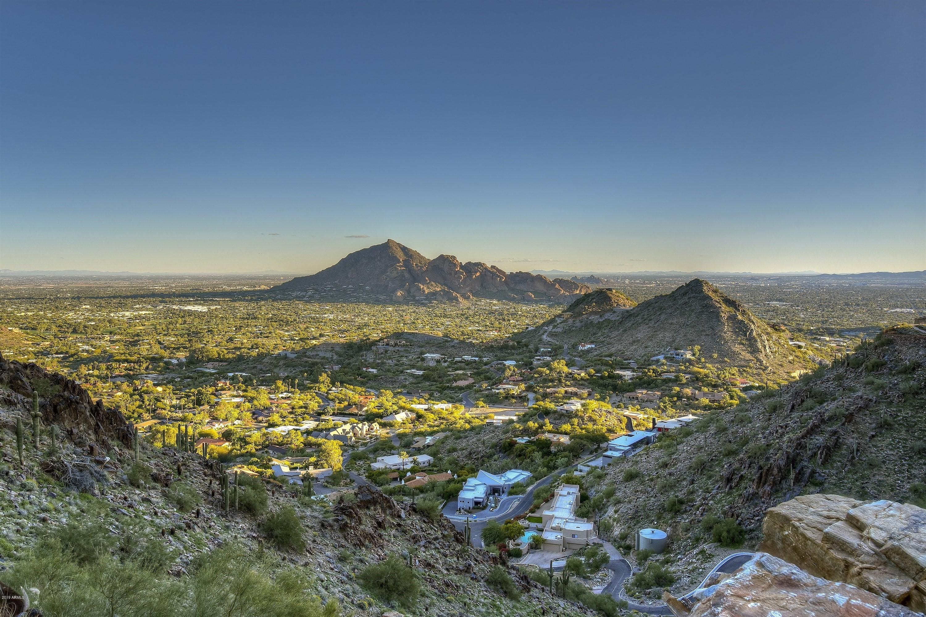 7620 N RED LEDGE Drive, one of homes for sale in Paradise Valley