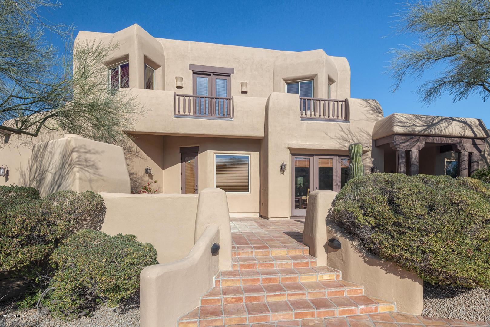 Photo of 14249 S CANYON Drive, Phoenix, AZ 85048