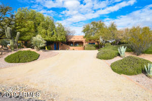 2070 MIDDLE MESA Road, Wickenburg, AZ 85390