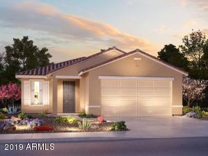 377 N RAINBOW Way, Casa Grande, AZ 85194