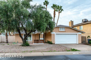 4515 W COMMONWEALTH Place, Chandler, AZ 85226