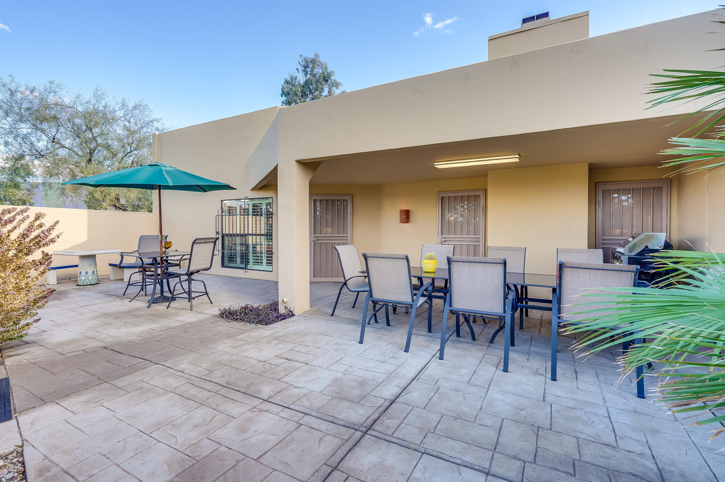 Highly motivated sellers, just make an offer !! Possible lease/purchase or seller financing! One of the biggest and nicest patio homes at Sands McCormick!
