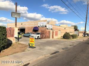 3048 W MCDOWELL Road, Phoenix, AZ 85009