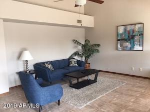1333 E GRANDVIEW Street, Mesa, AZ 85203