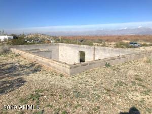 22721 W EAGLE MOUNTAIN Road, -