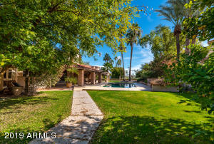 7511 E NORTHERN Avenue, Scottsdale, AZ 85258