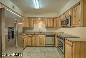 5751 W ALTADENA Avenue, Glendale, AZ 85304