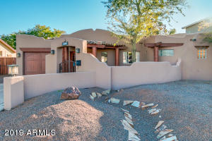 4225 N 44TH Place, Phoenix, AZ 85018