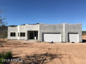 44306 N 1st Drive, New River, AZ 85087