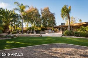 8101 E DEL CADENA Drive, Scottsdale, AZ 85258