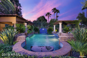 8230 E SUTTON Drive, Scottsdale, AZ 85260
