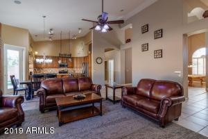 6312 W MEGAN Street, Chandler, AZ 85226